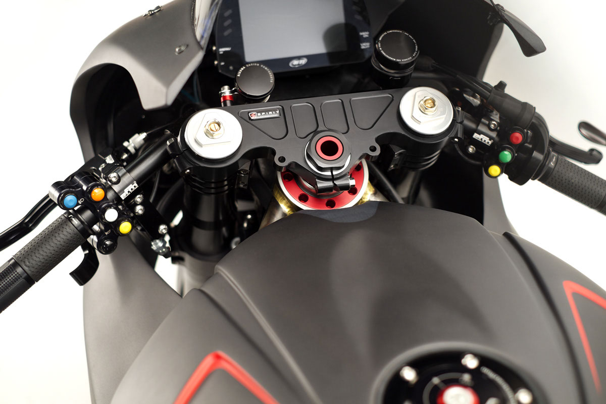 cockpit-hr